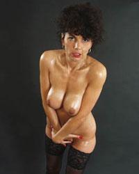 hausfrauenfotos hausfrau sandra dicke euter fotografiert